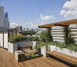 屋顶花园的防水设计与施工