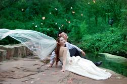 婚纱必威客户端app
