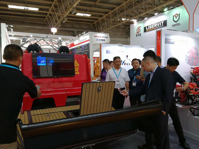 参加第十七届国际消防设备技术交流展览会
