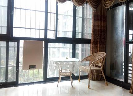 壁掛新風機傲城客廳安裝