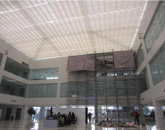 中国海关双流报关大厅折叠式天棚帘