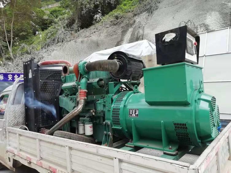 国家高速公路工程采购300kw玉柴发电机