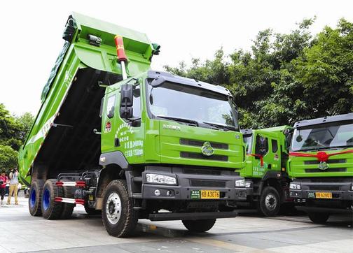 昆明:年内将有近千辆北斗智能渣土车投入使用