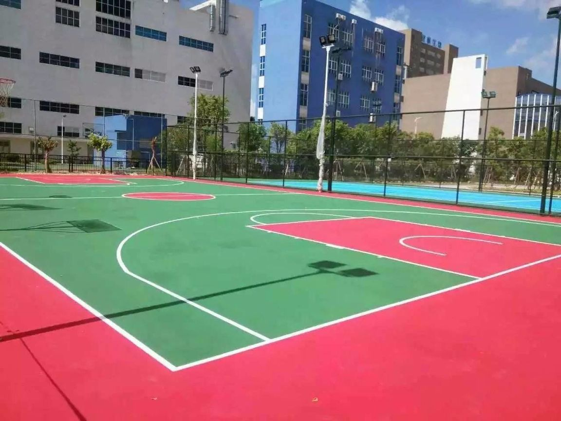 成都后花园篮球场、羽毛球场项目施工工程