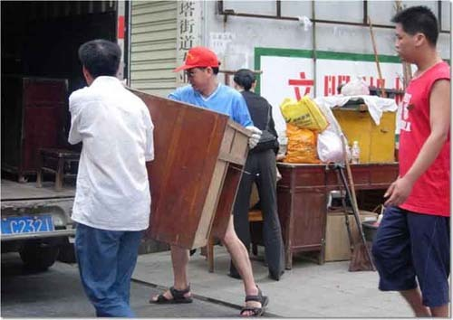 成都yabo亚博公司服务-搬货进车