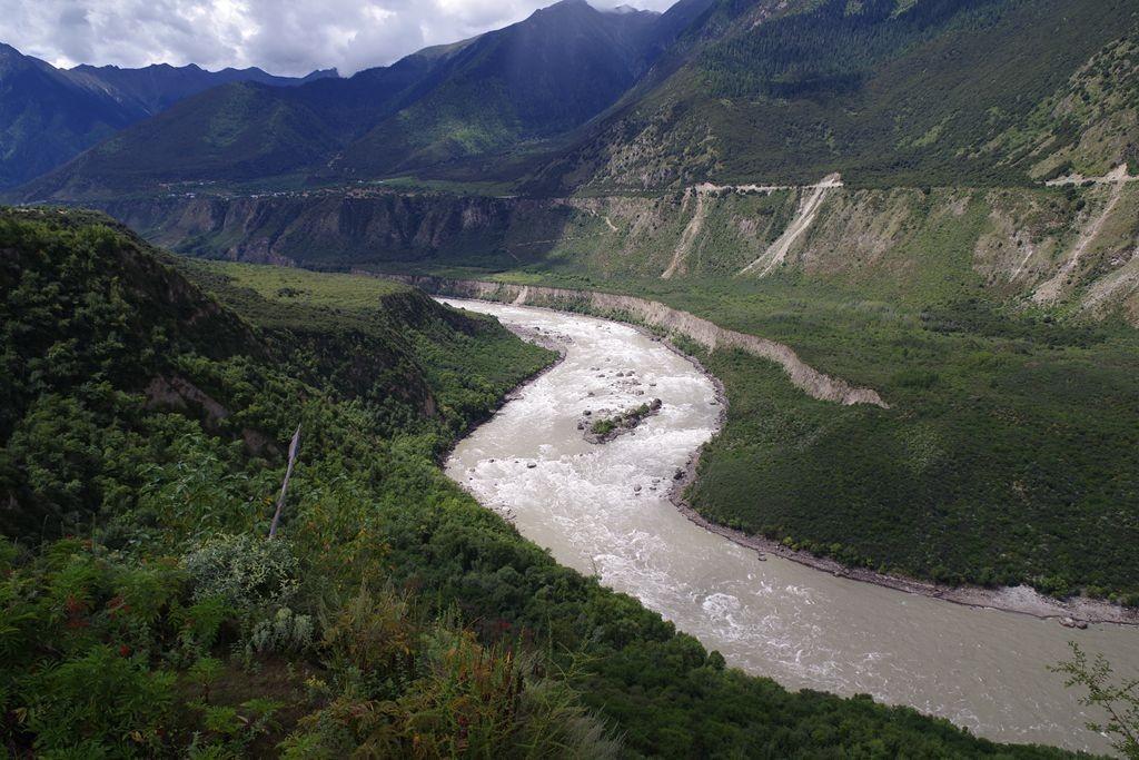 雅魯藏布大峽谷