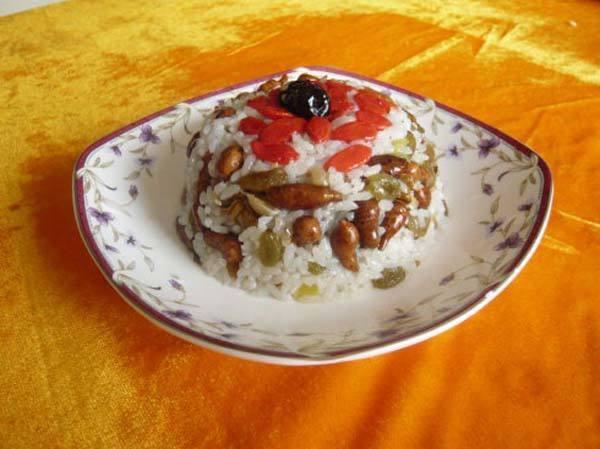 藏地美食人參果拌酥油大米飯