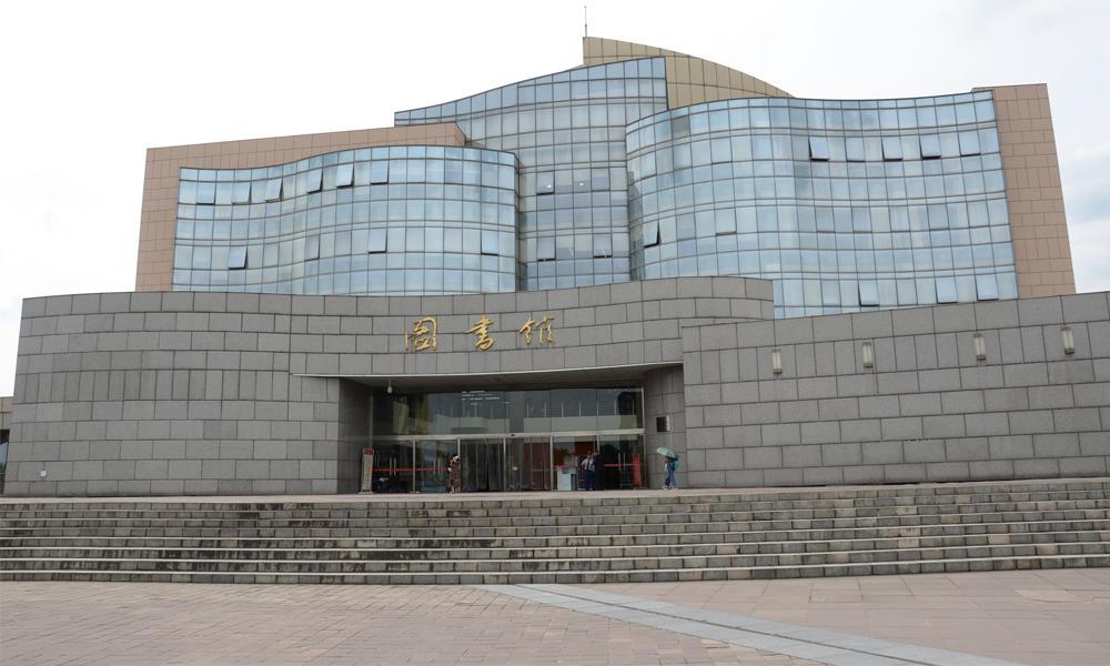 四川大学江安校区图书馆改造打造学校绿色节能建筑
