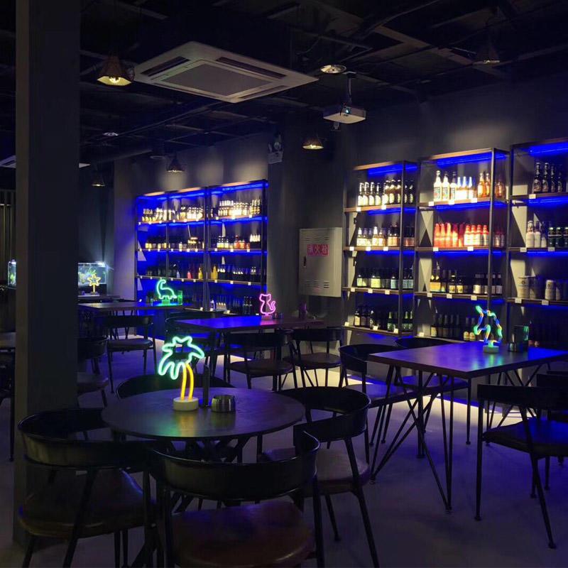 四川成都某酒吧安裝中央新風系統