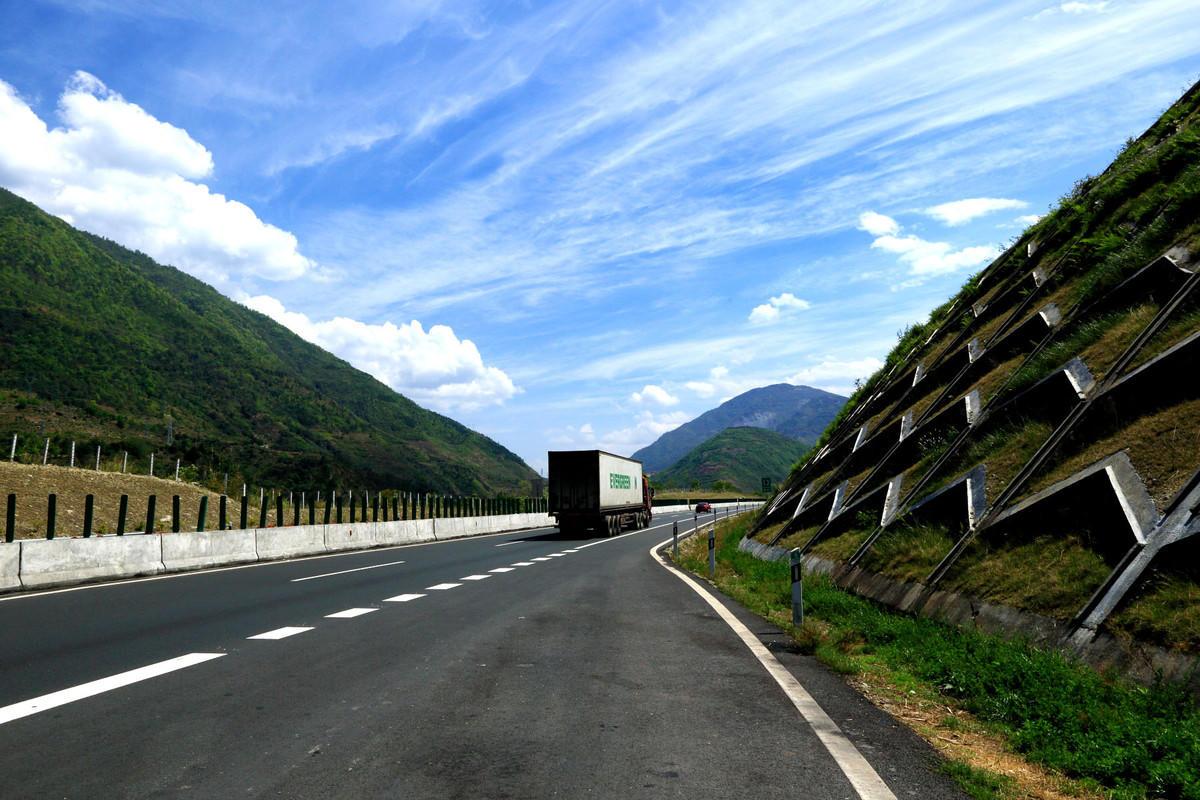 川藏線有多少公里高速