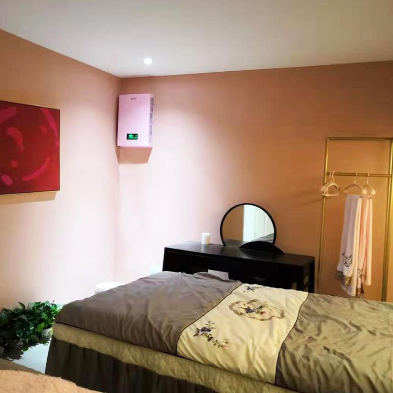 成都某美容院安裝壁掛式新風系統