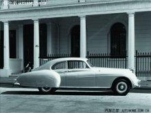 1952年推出的宾利R Type