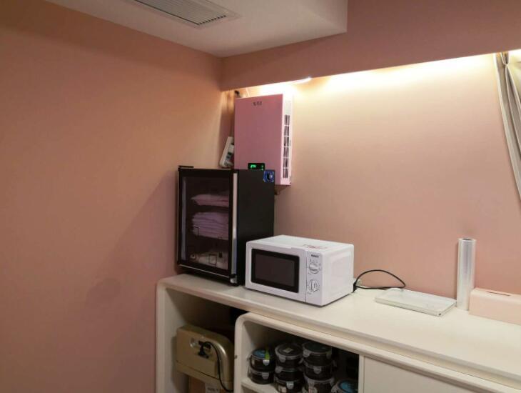 成都高新區花樣年福年廣場寫字樓辦公室建源壁掛新風系統安裝案例