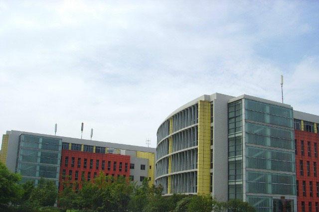 四川大學江安校區化工學院中央新風系統安裝案例